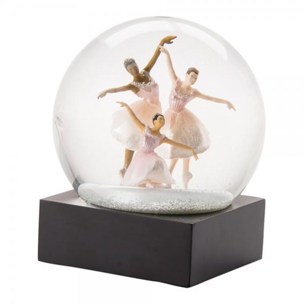 3 Dancer